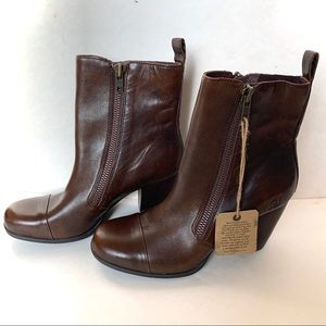 NWPT Born double side zip brown leather boots